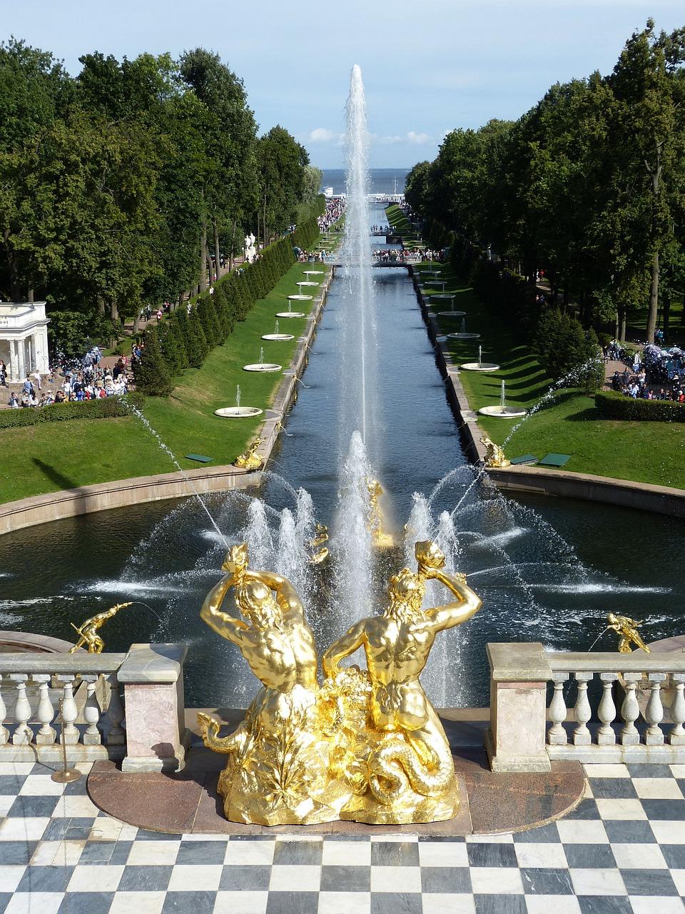 Petershof bei Sankt Petersburg Blick vom Schloss zur Ostsee (Finnischer Meerbusen)