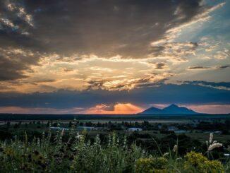 Sonnenuntergang in Pjatigorsk; Blick auf die Stadt